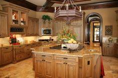 Dream kitchen! Such warm colours!!