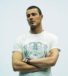 Marat Safin, number one forever Sports Figures, Light Of My Life, Tennis Players, Celebrity Photos, Beautiful Men, Hot Guys, Eye Candy, Mens Tops, Athletes
