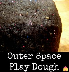 Space play dough recipe - great sensory play for space theme activities
