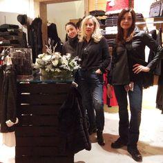Un cesto Natalizio ci illumina!!!💡🎄💡 #orgogliodiessereitaliano #italyintheworld #madeinitaly #fashion #styles #stylish  #model #glam #glamour #outfit #ootd #instagood #instafashion #shopping #today #tagsforlikes #todayimwearing #mylook #fashionista #instastyle #fashiongram #beautiful #accessories  #swag #cute #confezionimontibeller #borgovalsugana #trentino #livelovevalsugana