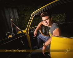 A great car pic doesn't have to be all about the car. Featuring your car in your high school senior portraits can be done with an artistic flair that keeps the focus on you. Boy Senior Portraits, Senior Boy Photography, Photography Poses For Men, Portrait Poses, Car Photography, Car Senior Pictures, Senior Picture Outfits, Senior Ads, Senior Year