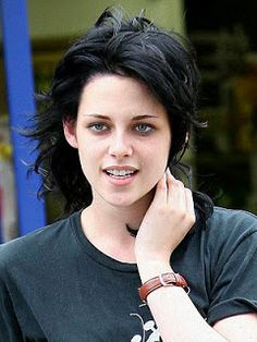 Kristen Stewart Hairstyle Trends For Girls - http://www.curly-hair-styles.com/curly-hair-models/kristen-stewart-hairstyle-trends-for-girls.html