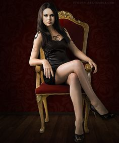 Jemima West as Isabelle Lightwood - TMI movie. But why is she in the Hunger Games chair?