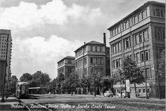 Bastioni di Porta Volta e scuola Carlo Tenca nel 1950