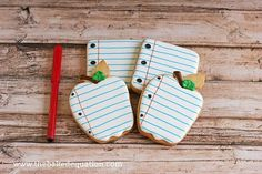 Back To School Note Cookies by TheBakedEquation on Etsy, $36.00 #backtoschool #lovenotes