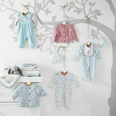 Kids Store Display, Clothing Store Design, Clothing Displays, Retail Store Design, Boutique Interior, Kids Boutique, Baby Shop, Baby Wearing, Kids And Parenting