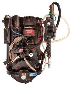 "'Star Trek,' 'Ghostbusters' props sold in major sci-fi memorabilia auction. Would you pay top dollar for this screen-used ""Ghostbusters"" proton pack? Ghostbusters Proton Pack, Ghostbusters Movie, Original Ghostbusters, Movie Props, Movie Costumes, Die Geisterjäger, Nostalgia, Little Shop Of Horrors, Ghost Busters"