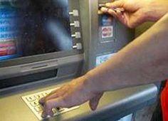 ATTENTI!Ecco il sistema per derubare soldi al Bancomat che sta dilagando in Italia