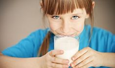 Do you want to choose a healthy protein powder for kids from the sheer volume of brand available in the market? Yes, here's the list of best protein powders for you! Protein Rich Foods, Best Protein, Healthy Protein, Protein Shakes, Healthy Life, Kids Health, Dental Health, Children Health, Protein Powder For Kids