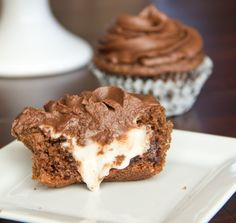 Dark Chocolate Mint Cupcakes @Dinners, Dishes, and Desserts