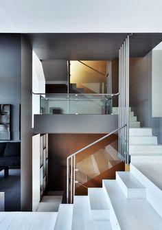 Arkham Project, Marcello Mariana · Casa B Railing Design, Staircase Design, Fence Design, Contemporary Interior Design, Modern Interior, Contemporary Furniture, Luxury Furniture, Interior Stairs, Interior Architecture