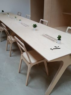 table gros plan