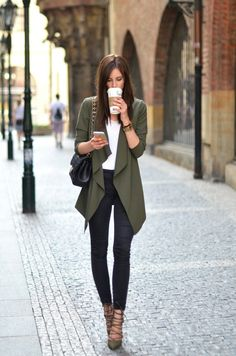 Fall outfit - olive green cardi, white top, dark skinny jeans, and olive lace up heels