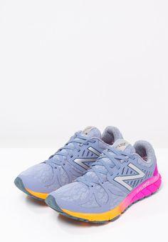 1f6e435c322 New Balance VAZEE RUSH - Cushioned running shoes - grey purple for £85.00 (