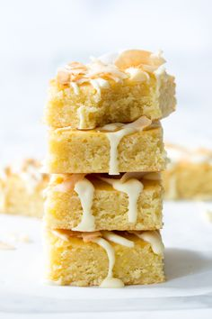 Witte kokos blondies