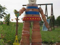 Bonhomme en pots de terre cuite - par Micha4125 sur le #cdb