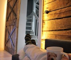 chilling, coffee, ambiance, mug, sliding door, rustic, logwall, led