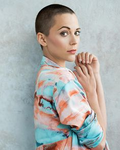 Vanessa Pilon/ buzzed / bald / shaved head for women Super Short Hair, Short Hair Cuts, Short Hair Styles, Shaved Head Styles, Buzz Cut Women, Buzz Cuts, Really Short Haircuts, Girls With Shaved Heads, Shaved Head Women