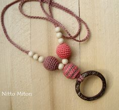 Coconut Ring Nursing Necklace  Sling Accessory  от NittoMiton