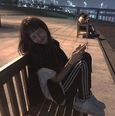 Mode Ulzzang, Ulzzang Korean Girl, Ulzzang Couple, Girl Korea, Asia Girl, Tmblr Girl, Best Photo Poses, Uzzlang Girl, Cute Poses