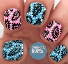 http://onenailtorulethemall.tumblr.com/post/86643331899/paisley-pens-with-barry-m-read-more-on-my-blog Paisley nail art