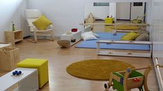 Montessori nido classroom - a simple and beautiful space for babies to enjoy
