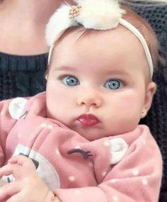 52 Ideas for baby girl fotos princesses Cute Baby Girl, Cute Babies, Baby Boy, Child Baby, Cute Baby Pictures, Baby Photos, Beautiful Children, Beautiful Babies, Beautiful Eyes