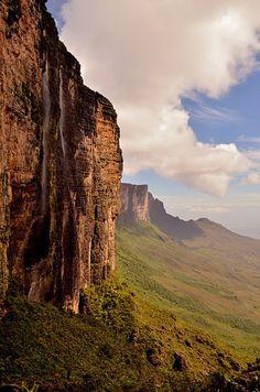 11 lugares no Brasil que vão te deixar completamente embasbacado