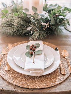 Christmas Decorations Dinner Table, Christmas Dinner Set, Christmas Dining Table, Dinner Party Table, Christmas Table Settings, Christmas Tablescapes, Decoration Table, Christmas Holidays, Holiday Tablescape