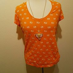 Elephant T shirt Such a fun top.  Fits a bit loose.  From Banana Republic  outlet.  Very slight wear. Banana Republic Tops Tees - Short Sleeve