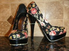 Very pretty Swarovski Crystal  Floral Platform Pumps  SIZE 75  by UniqueHeelz, $110.00