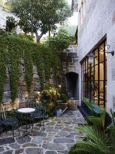 "Receive fantastic pointers on ""patio decor ideas"".- Receive fantastic pointers on ""patio decor ideas"". They are actually on call for… Receive fantastic pointers on ""patio decor ideas"". They are actually on call for you on our site. Small Courtyard Gardens, Small Courtyards, Outdoor Gardens, Terrace Garden, Garden Art, Courtyard Ideas, Brick Courtyard, Courtyard Design, Garden Fencing"