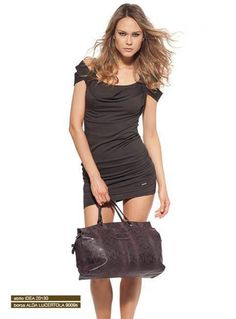 Superb IDEA dress with sleeves overlapping, designed to enhance your body and your personality! www.g-sel.it