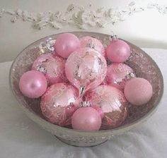 PINK VINTAGE CHRISTMAS | Pink Vintage Christmas Ornaments | Crazy for My Collectibles