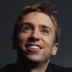 Peter Hollens: A big name in the aca-acommunity these days, Peter is always releasing great stuff. You may remember him from University of Oregon's On the Rocks in The Sing-Off Season 2.