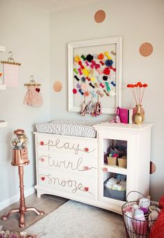 LOVE this DIY dresser idea (and the bow board above it) from #apartmenttherapy
