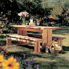Best-Yet Picnic Set Woodworking Plan from WOOD Magazine Small Woodworking Projects, Woodworking Apron, Teds Woodworking, Diy Wood Projects, Woodworking Crafts, Woodworking Classes, Woodworking Videos, Woodworking Chisels, Japanese Woodworking