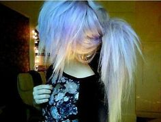 Find images and videos about hair, emo and scene on We Heart It - the app to get lost in what you love. Pixie Bob, Pretty Hairstyles, Girl Hairstyles, Indie Scene Hair, Blonde Scene Hair, Heart Hair, Alternative Hair, Dye My Hair, Crazy Hair