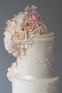 Bespoke wedding cakes offering true craftsmanship, genuine luxury and exceptional quality, professionally designed and made in the North West Luxury Wedding Cake Design, Wedding Cake Designs, Amazing Wedding Cakes, Elegant Wedding Cakes, Wedding Cake Fresh Flowers, Cake Flowers, Victorian Wedding Cakes, Cake Decorating Icing, Fashion Cakes