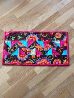Summer quilted table runner