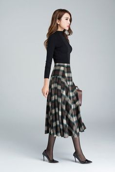 plaid skirtgrid skirt wool skirt winter skirt pleated by xiaolizi