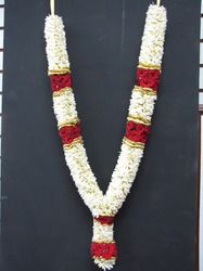 Exporter of Flowers - Fresh Jasmine Flowers, Mogra Flower, Malli and Marigold offered by Flower Factory, Chennai, Tamil Nadu. Flower Garland Wedding, Flower Garlands, Flower Factory, Indian Wedding Outfits, Festival Decorations, Beaded Necklace, Engagement, Flowers, Jewelry