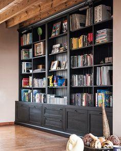 Solid bookcase made to measure - bookcase ideas, bookcase design, bookcase clipart Custom Bookshelves, Library Bookshelves, Bookshelves In Living Room, Library Wall, Built In Bookcase, Bookshelf Wall, Home Library Design, Modern Library, Home Office Design