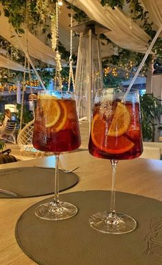 Fancy Drinks, Summer Drinks, Think Food, Love Food, Alcoholic Drinks, Cocktails, Beverages, Tasty, Yummy Food