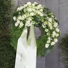 Bildergebnis für trauerfloristik kranz Plants, Dresses, Fashion, Pictures, Christmas, Vestidos, Moda, Fashion Styles, Plant
