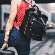 Startups are designing bags that are both beautiful and functional. We looked at…