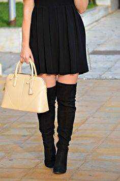barefoot duchess: Black is Back Classy And Fabulous, Zara Dresses, Wardrobe Ideas, Over The Knee Boots, Barefoot, Bootie Boots, Fashion Beauty, High Waisted Skirt, Runway