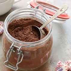 Come preparare Cioccolata calda tipo Ciobar col Bimby della Vorwerk, impara a preparare deliziosi piatti con le nostre ricette bimby