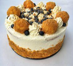 Túrógombóc torta , amitől eldobod az agyad – Cake by fari Hungarian Cake, Hungarian Recipes, Choco Fresh, Cookie Recipes, Dessert Recipes, Cakes And More, Dessert Table, No Bake Cake, Food To Make