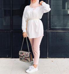 2019 Classy and Beautiful Hijab Outfits - Naija's Daily Hijab Fashion Summer, Modest Fashion Hijab, Modern Hijab Fashion, Muslim Fashion, Modest Outfits, Fashion Outfits, Hijab Outfit, Hijab Casual, Hijab Mode Inspiration